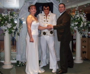 elvis-impersonator-wedding-03